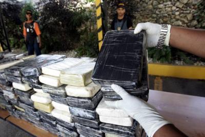 Decomisan en España  2,4 toneladas de cocaína de cártel colombiano