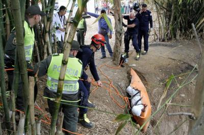 Esta es la hipótesis de la caída de un hombre por un barranco en Bucaramanga