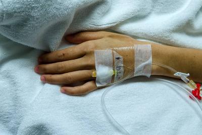 Niño con cáncer podría perder su pierna por demora de una cirugía