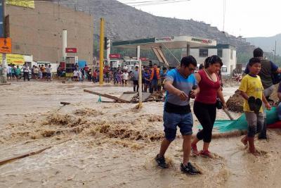 Continúa la emergencia por las lluvias en Perú