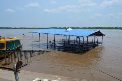 Se hundió el muelle en Puerto Berrío por falta de mantenimiento