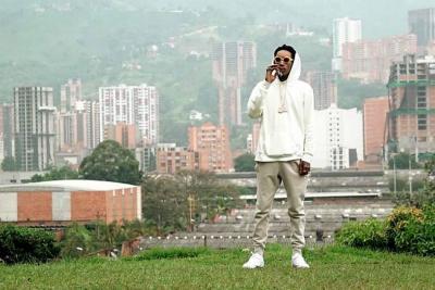 ¿Por qué fue polémico el tour que hizo el rapero Wiz Khalifa por Medellín?