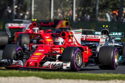 Vettel y Ferrari sorprenden y ganan el GP de Australia