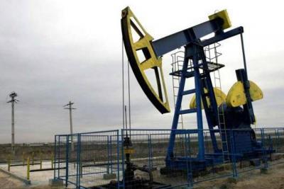 Producción de petróleo bajó a 864.000 barriles en febrero