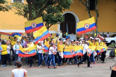 En Bucaramanga hubo marcha en protesta a decisiones presidenciales