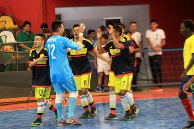 Con la base del Real Bucaramanga, Colombia vence 9-1 a Ecuador en Copa América de futsal