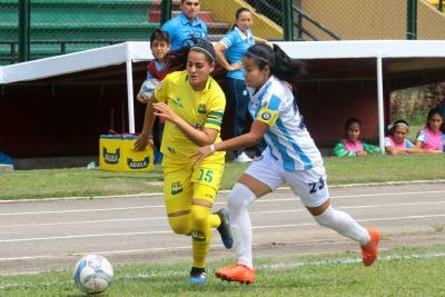 Bucaramanga ganó el clásico y sigue aspirando a la otra fase