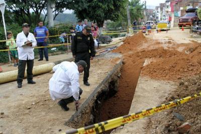 Un obrero muerto y otro herido tras derrumbe en Bucaramanga
