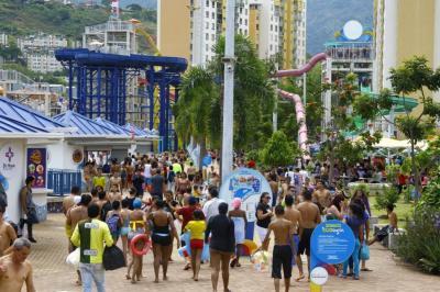 Gente armada, droga, licor y robos empañaron reapertura de Acualago
