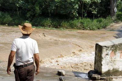 Girón, Charta y Sabana de Torres en alerta roja por lluvias