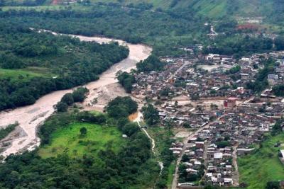 Lluvias en el país dejan 360 muertos y más de 10 mil familias damnificadas