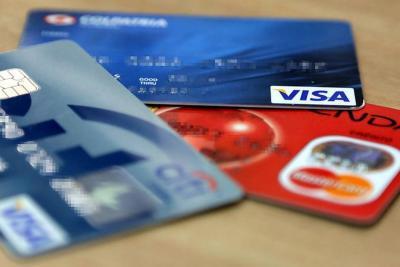 El interés de las tarjetas de crédito subió a 30,29%