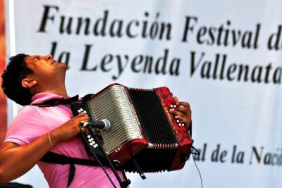 ¿Qué tanto dinero mueve el género vallenato en Colombia?