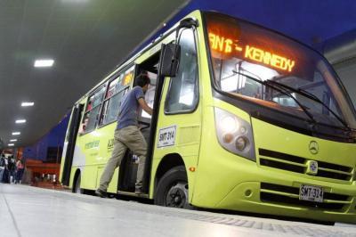 Más paradas para tres rutas de Metrolínea en Bucaramanga