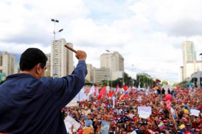 """Constituyente """"popular"""" propuesta por Maduro agudiza crisis en Venezuela"""