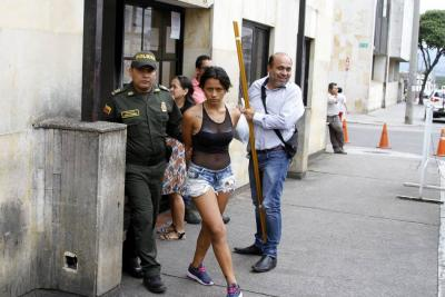 Pareja fue enviada a prisión por atracar a  un repartidor de pan en Girón