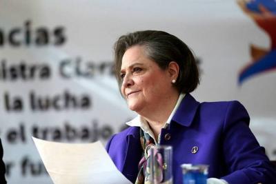 Clara López renunció al Ministerio del Trabajo
