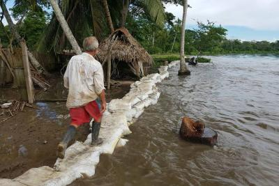 Adoptan medidas para reducir riesgos por lluvias en Santander