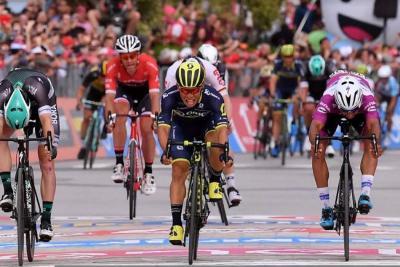 Gaviria terminó segundo en la séptima etapa del Giro de Italia