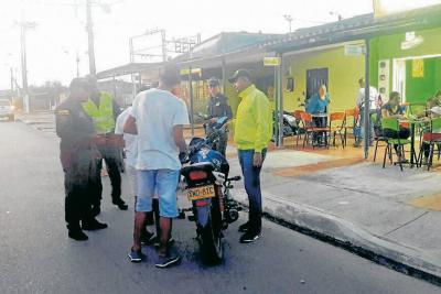 Estaría identificado pistolero que atacó a policías en Santander