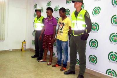 Cuando recibían el pago de una extorsión fueron detenidos
