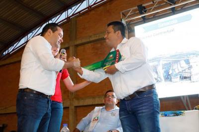 Gobernador anunció obras para la provincia