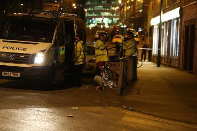 El Manchester Arena afirma que explosión que dejó 19 muertos ocurrió fuera del estadio