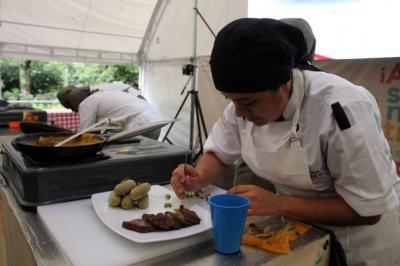 Salsa de hormiga culona es reconocida en concurso gastronómico