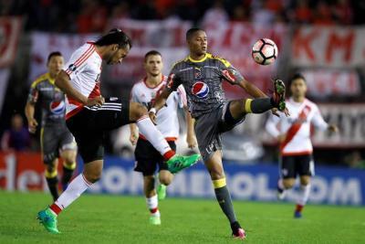 El Medellín derrotó 2-1 a River Plate pero fue eliminado de la Libertadores