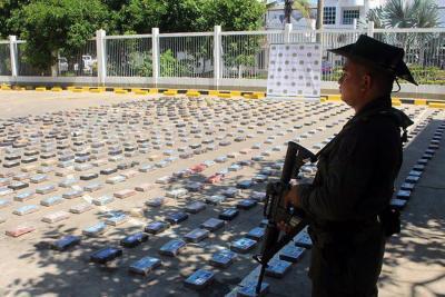 Incautan 754 kilos de cocaína del 'Clan del Golfo' en Cartagena