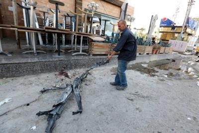Van 20 civiles muertos y más de 100 heridos tras dos atentados en Bagdad