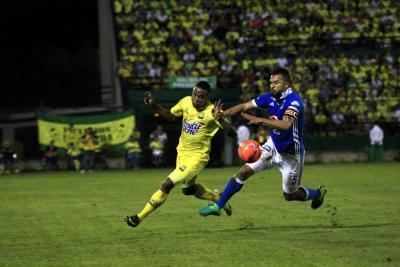 La llave sigue abierta: Atlético Bucaramanga empató 2-2 con Millonarios