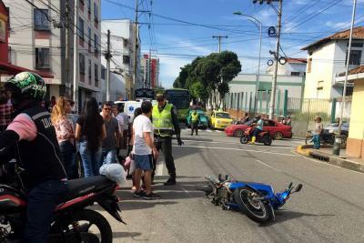 Adulta mayor falleció tras ser arrollada por una moto en Bucaramanga