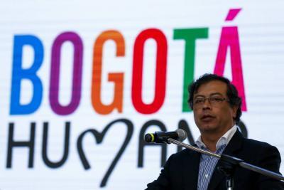 """Petro advirtió que """"el país no puede quedar en manos de la ultraderecha de Vargas y Uribe"""""""