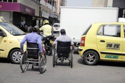 Semáforos mixtos y nueva señalización llegan a Bucaramanga