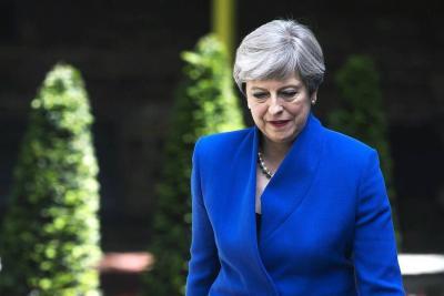 May formará Gobierno con el apoyo de los unionistas de Irlanda del Norte