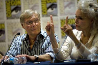 Falleció Adam West, actor recordado por su papel de Batman en la TV