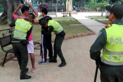 30 parques de Bucaramanga ya tienen un 'Padrino policial'