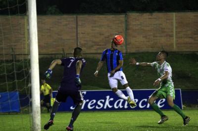 ¿Se dejó de pitar un penalti a favor de Real Santander en el partido de la final?