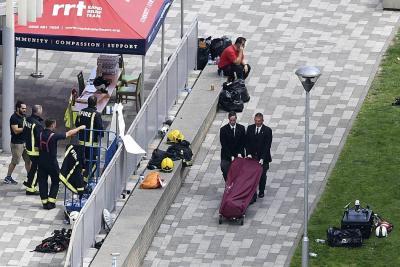Sigue búsqueda de desaparecidos  tras incendio en edificio de Londres