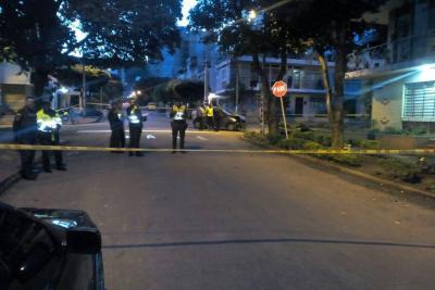 Motociclistas que iban en contravía fallecen en accidente en Bucaramanga