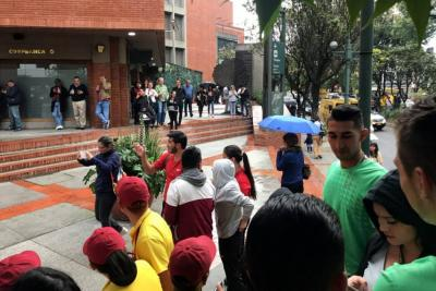 Atentado con explosivos en Bogotá dejó tres muertos y nueve heridos