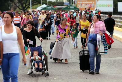 Venezolanos en Bucaramanga solicitan al presidente Santos expedir visa humanitaria