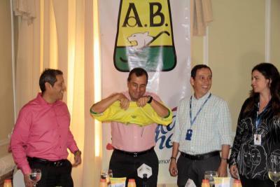 Héctor García se queda en la presidencia de Atlético Bucaramanga