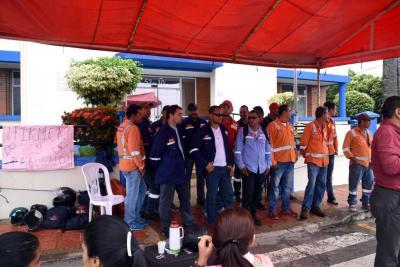 Trabajadores de Cormagdalena siguen sin pago de sus salarios