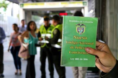 """""""Código de Policía se está aplicando a 'medias' en Bucaramanga"""""""