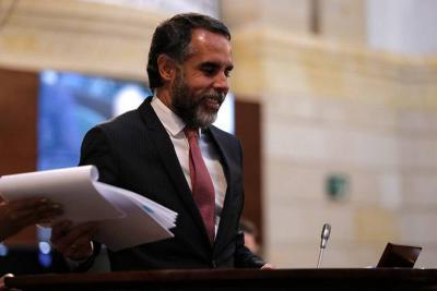 Senador Armando Benedetti no descarta alianza con el Partido Liberal