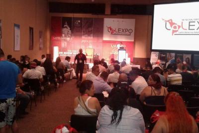 Se inició congreso sobre industria porno en Cartagena