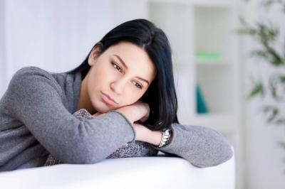 ¿Por qué se están deprimiendo las mujeres?