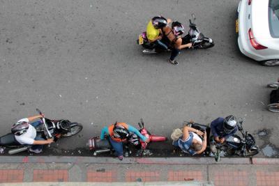 El mototaxismo sigue su carrera desaforada en Bucaramanga